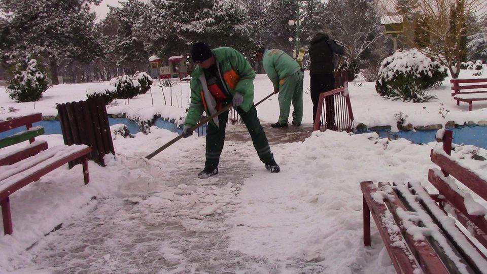 sneg-mogila-03
