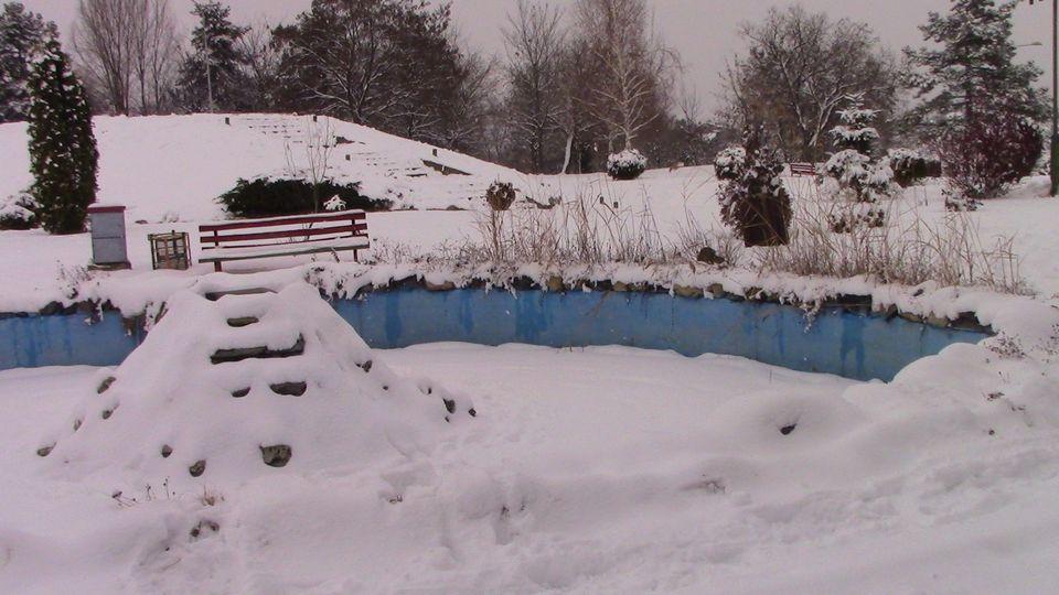 sneg-mogila-11