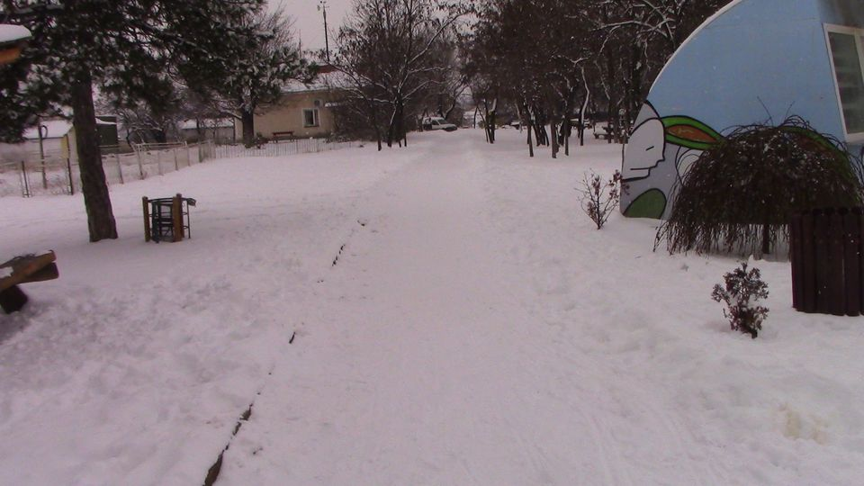 sneg-mogila-05