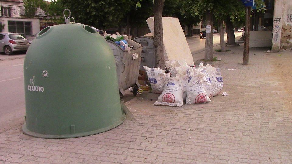 kontenjeri-otpad13